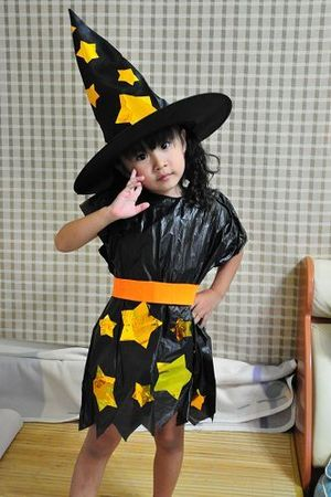 Cheap, Last-Minute Halloween Costumes Made with Cleaning Supplies ...